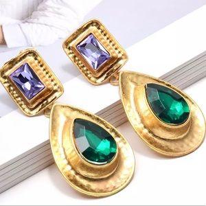Jewelry - Bohemian gold drop earrings